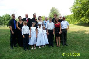 Rose's Wedding Family Photo